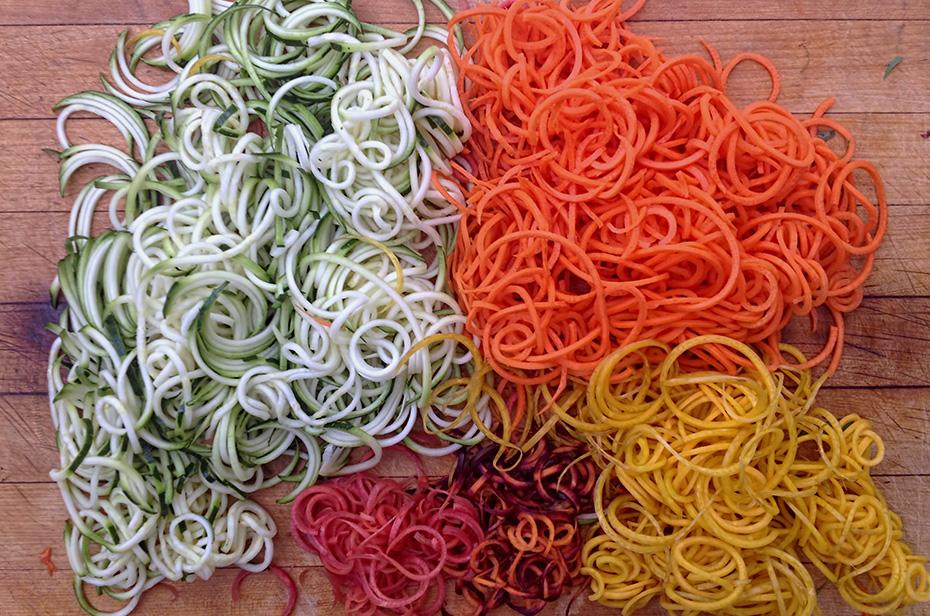 Shrimp Pad Thai with Veggie Rainbow Noodles - spiralizer